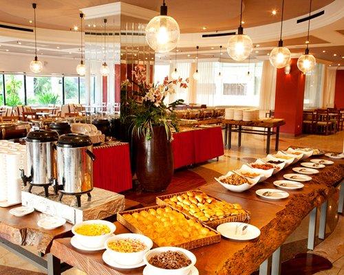 The buffet at an indoor restaurant at Kentington Resort.