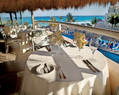 Outdoor restaurant at Viva Vacation Club At Viva Wyndham Maya.