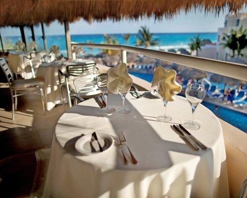 Outdoor restaurant at Viva Vacation Club At Viva Wyndham Maya.