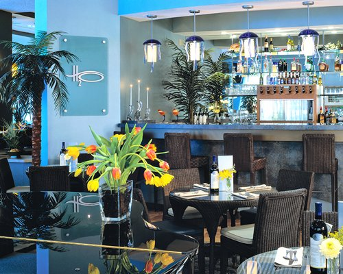 A well furnished indoor bar.