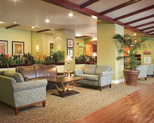 A well furnished lounge area at the Palm Beach Shores Resort And Vacation Villas.