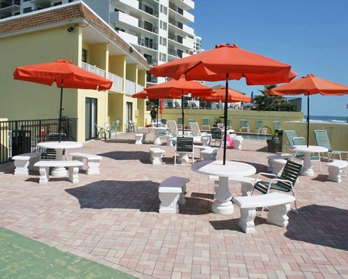 Holiday Shores Beach Club
