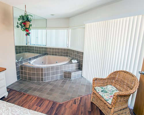 A view of the bathtub.