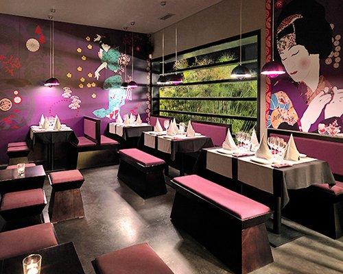 An indoor fine dining restaurant at Pine Cliffs Resort.