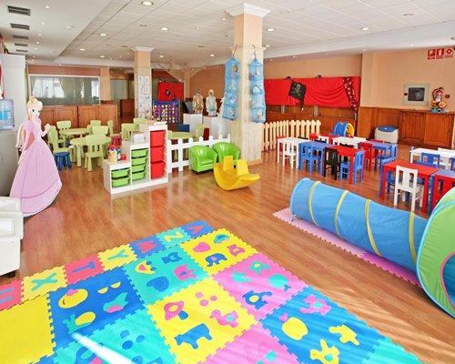 An indoor recreational room.