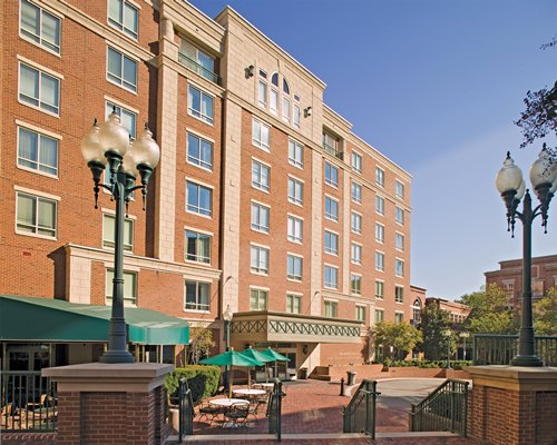 An exterior view of the Wyndham Old Town Alexandria resort.