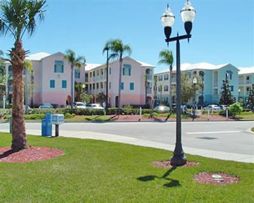 A street view of the Festiva Orlando Resort.