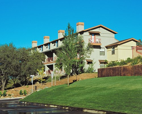Scenic exterior view of the WorldMark Wine Country Angels Camp resort.