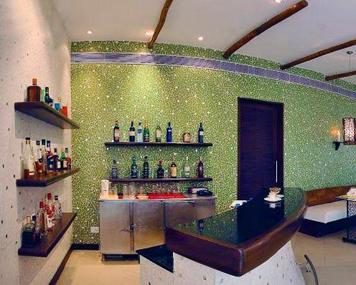 A well furnished indoor bar.
