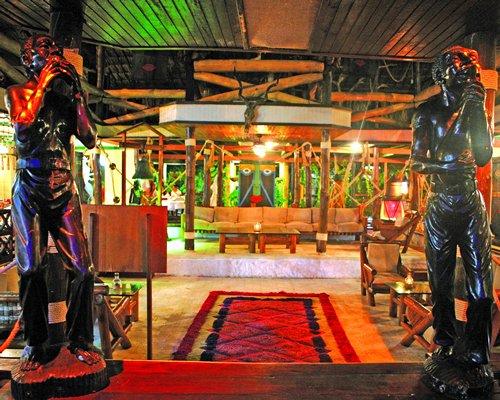 An indoor lounge area at Hotel Superdecameron Isla Palma.
