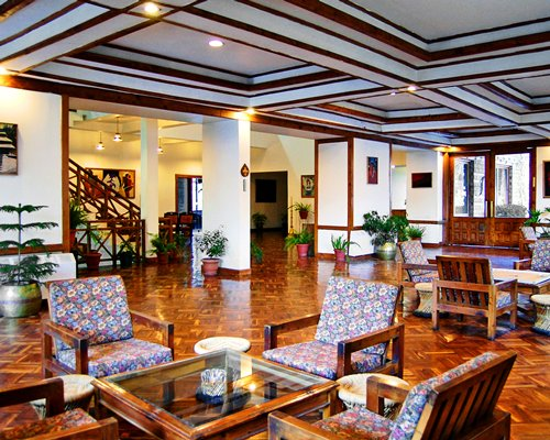 An indoor lounge area at the Royal Banon Resorts.