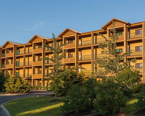 A street view of the MountainLoft resort.