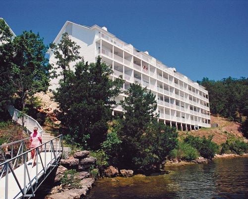 An exterior view of the WorldMark Lake of the Ozarks resort facing the lake.