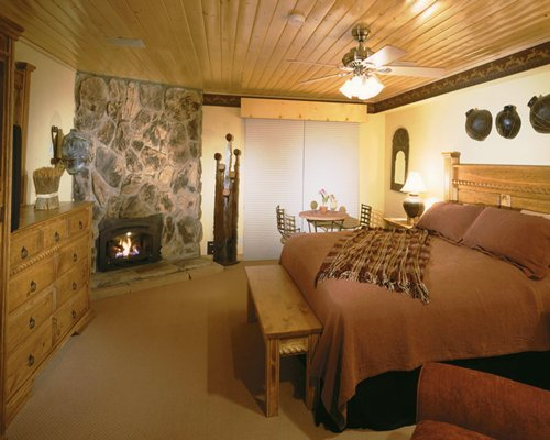 Eagle Wing Suites At Angel Fire Resort