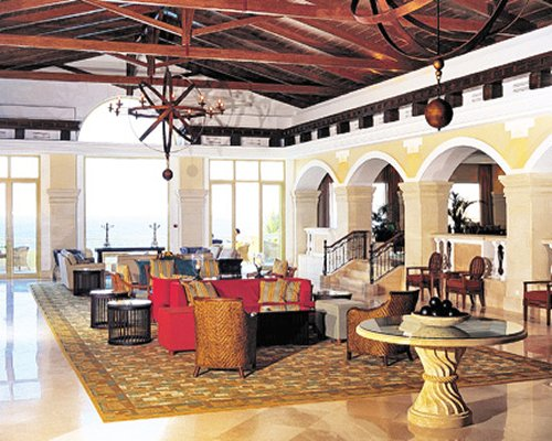 Reception and lounge area at Classical Vacation Club At The Marine Palace Suites.