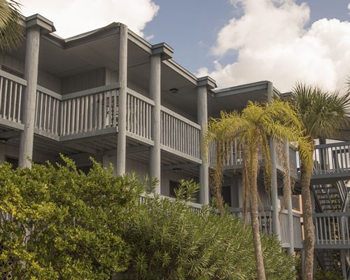 A scenic exterior view of Englewood Beach And Yacht Club resort.