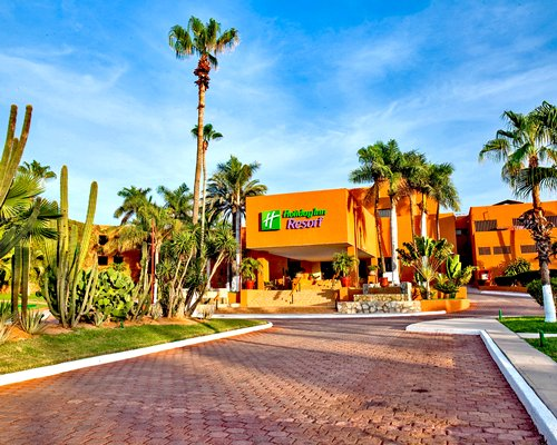 An exterior view of Holiday Inn Resort Los Cabos resort.