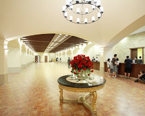 Reception with an interior view of Hanwha Resorts Seorak Sorano.