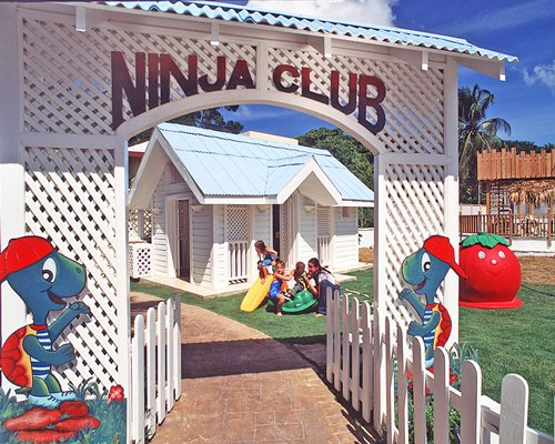Kids playing at the entrance of Ninja Club at Victorian House Hotel.