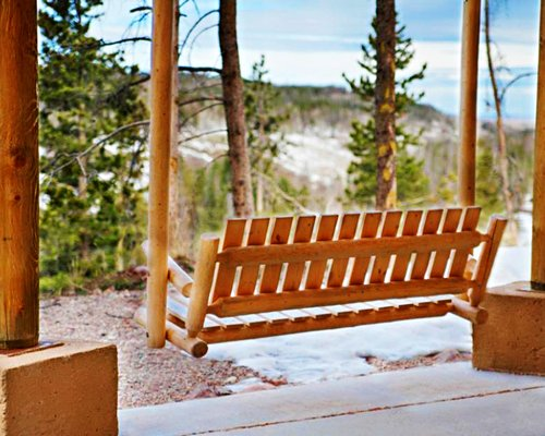A view of the outdoor wooden bench.