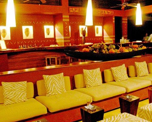 Lounge area and bar at Decameron Decalodge Ticuna.
