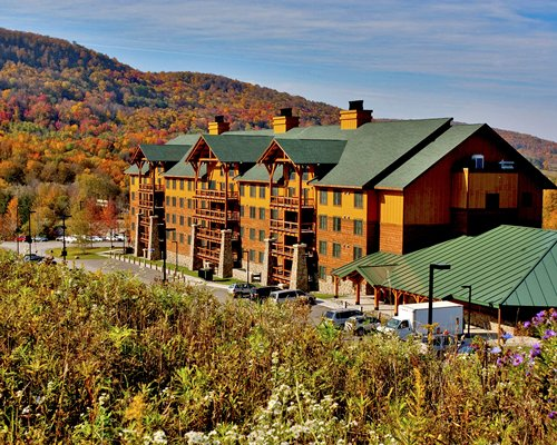 Hope Lake Lodge Resort & Indoor Waterpark At Greek Peak