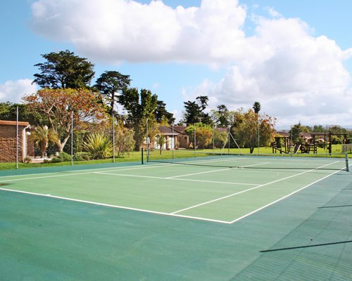 An outdoor tennis court.