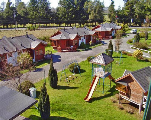 An exterior view of Complejo Turistico Alto Villarrica resort.