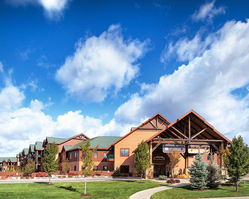 Pathway to units at Wyndham Vacation Resorts At Glacier Canyon.