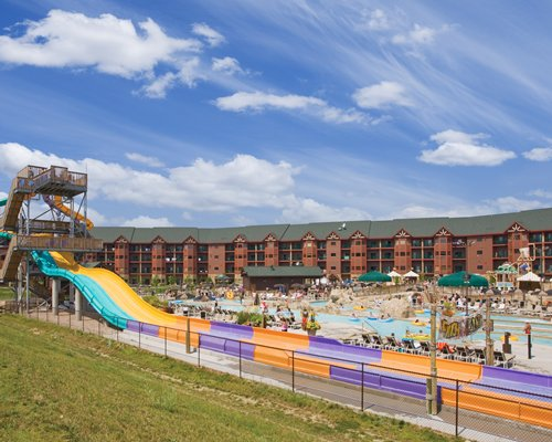 Wyndham Vacation Resorts At Glacier Canyon with water theme park .