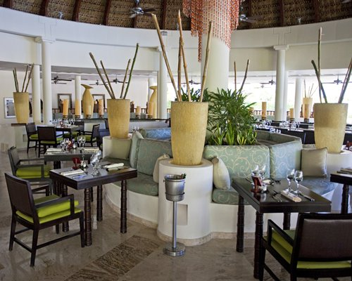 An indoor restaurant at Sol Melia Vacation Club At Paradisus Punta Cana.