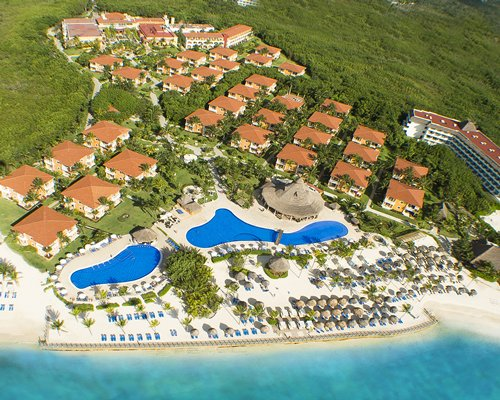 Birds eye view of the Ocean Maya Royale resort and resort property.