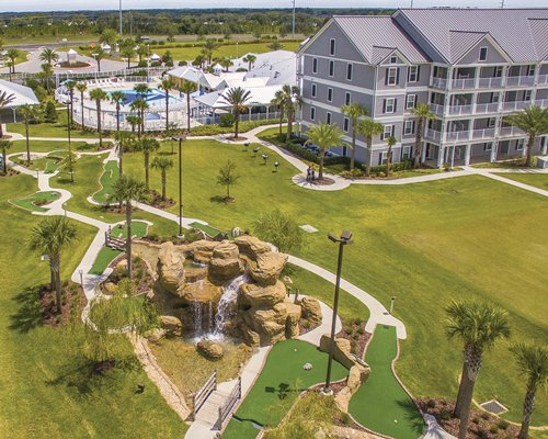 An aerial view of Holiday Inn Club Vacations Orlando Breeze Resort.