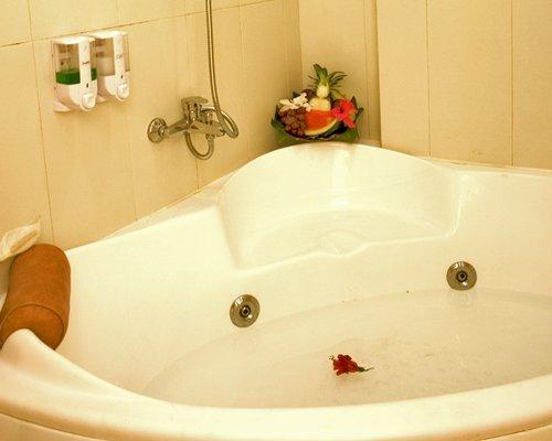 A jaccuzi tub.