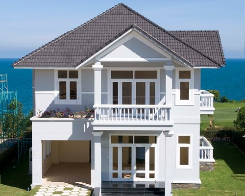 Exterior view of the Sea Links Golf & Beach Villas.