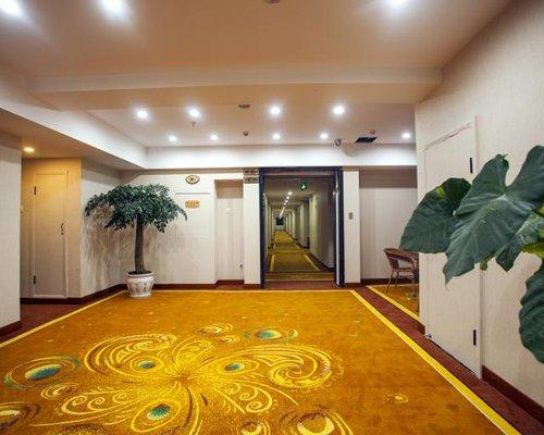 Interior view of Fvc @Lijiang Huasheng Hotel.