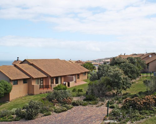 Scenic exterior view of Mossel Bay Golf Estate resort.