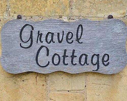 Signboard of Gravel Cottage resort.