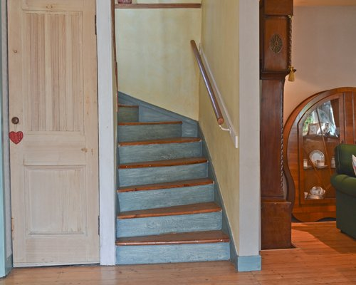 A view of an indoor staircase.