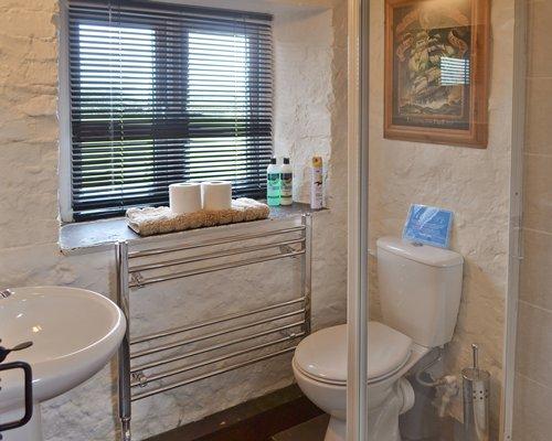 A bathroom with a single sink.