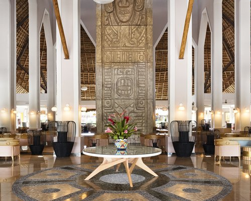 Reception and lounge area at Grand Palladium White Sand Resort & Spa.