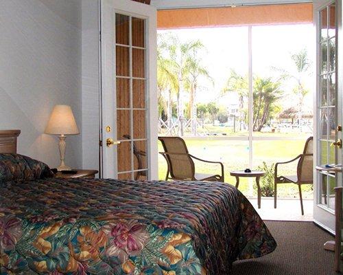 Caliente Tampa C267 Details Rci