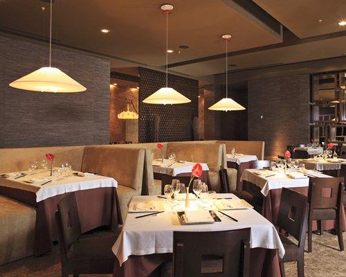 An indoor restaurant at Grand Velas Riviera Maya Zen.