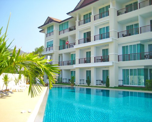 Taipan Resort & Cond...