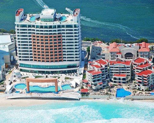 Beach Palace Resort 5 Nights D611