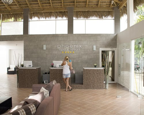Phoenix Spa and Resort