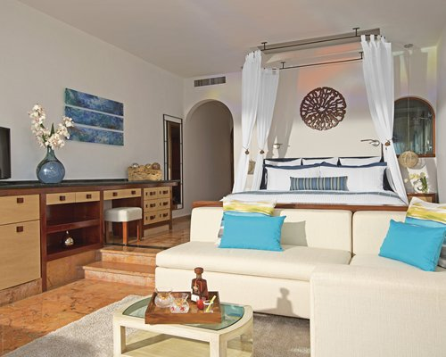 Zoetry Villa Rolandi by UVC-4 Nights