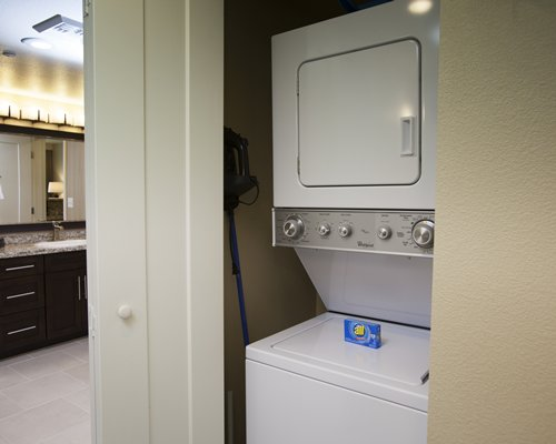 A laundry room with a washing machine and dryer.