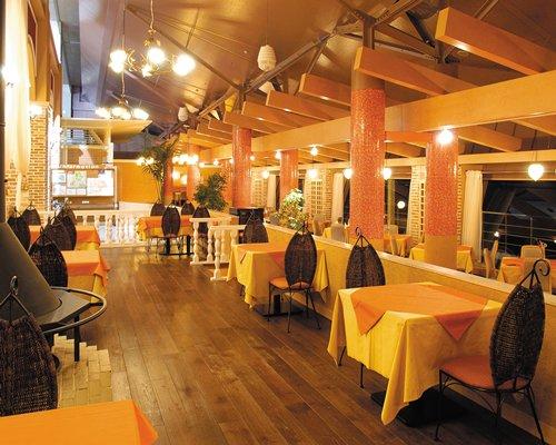 An indoor restaurant at Hotel Ambient Azumino.