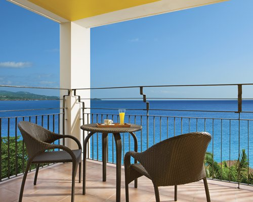 Sunscape Splash Montego Bay by UVC -3 Nights
